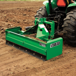 JOHN DEERE TRACTOR WITH BOX SCRAPER